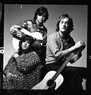DAVE MASON & CASS ELLIOT with NED DOHENY.jpg